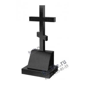 Памятник из черного гранита на могилу с крестом и кромкой g735