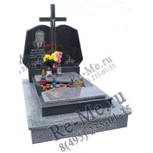 Комплекс из серого и черного гранита с крестом и надгробной плитой g899