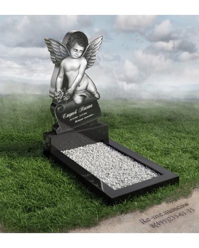 Гранитный памятник с ангелочком g12
