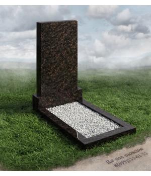 Гранитный памятник с дубом g6